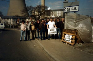 N. U. M. Picket line at Didcot Power Station